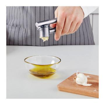 IKEA KONCIS Garlic press, stainless steel ,easier cleaning [FREE SHIP]