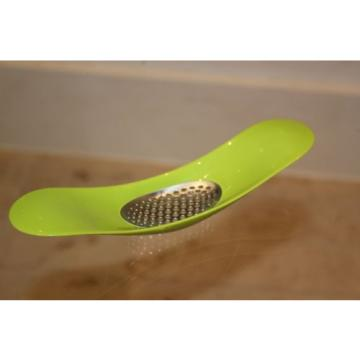 Joseph Joseph Rocker Garlic Crusher Green